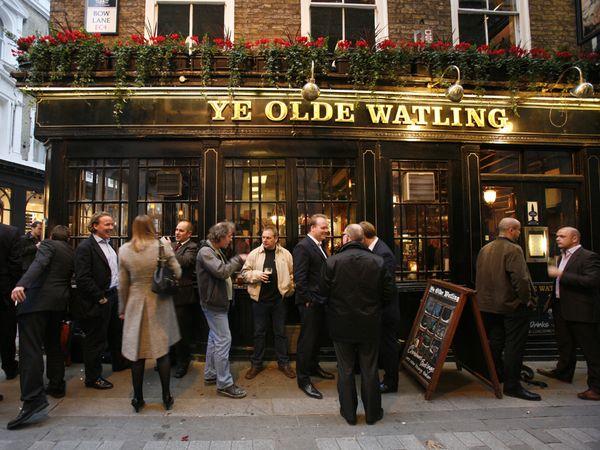 ye-olde-watling-pub_22076_600x450